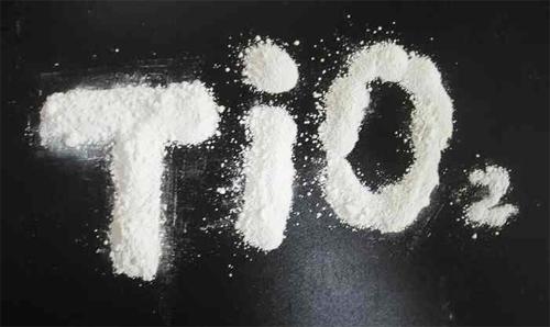E171 Диоксид титана - действие на здоровье, польза и вред, описание.