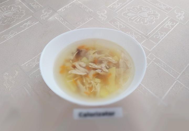 Вермишелевый суп с куриной грудкой