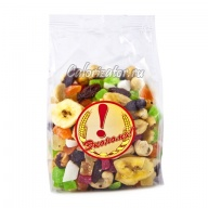 Коктейль орехи и сухофрукты