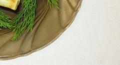 Фаршированные блинчики в виде улиток