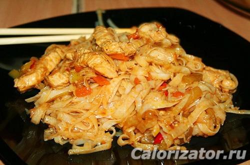 Лапша рисовая с овощами и соусом терияки