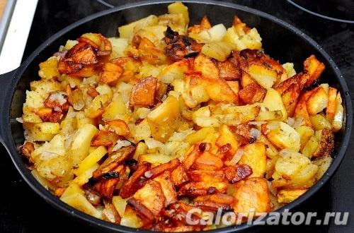 Картошка, жаренная на маргарине