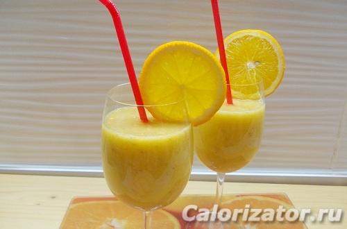 Апельсиново-банановый смузи с корицей