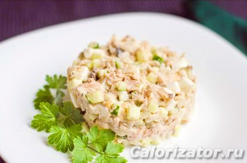 Салат с сардинами и рисом без заправки
