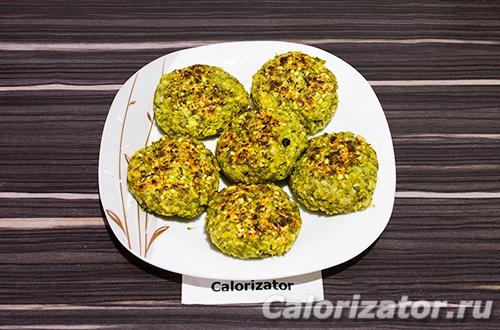 Чечевичные котлеты с брокколи