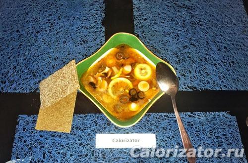 Суп-солянка домашняя