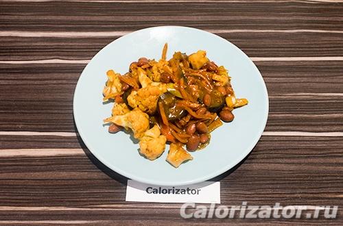 Овощи с фасолью тушеные в соевом соусе