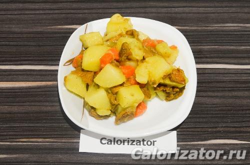 Картофель тушеный с лисичками