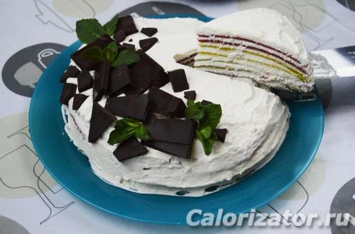 Радужный блинный торт