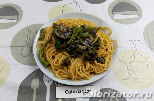 Томатные макароны с овощами