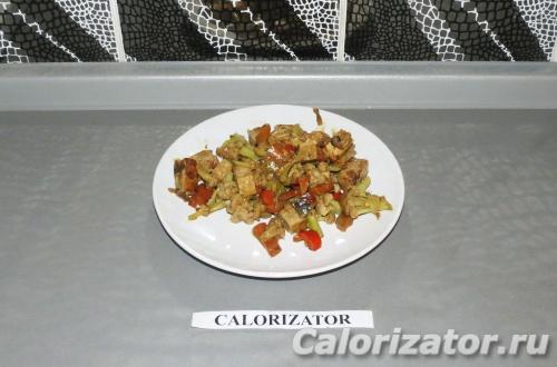Овощи тушеные с тофу сыром