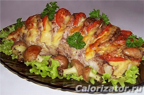 Свинина с сыром и помидорами
