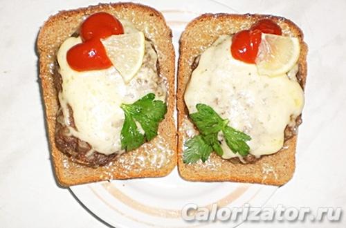 Бутерброд с куриной котлеткой
