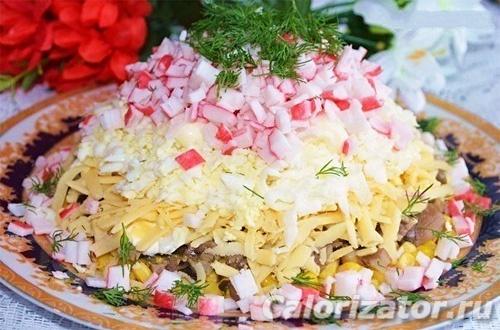 Салат крабовый с грибами