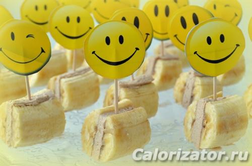 Банановые сэндвичи с творожной прослойкой