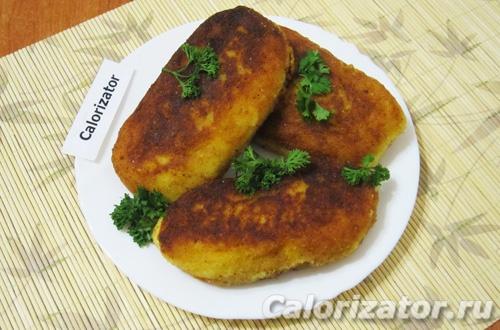 Картофельные пирожки с сардельками