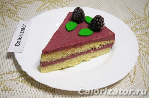 Торт с ежевикой