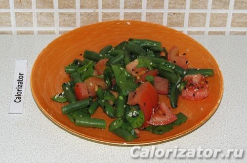 Теплый салат с стручковой фасолью