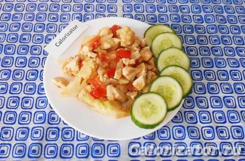 Куриное филе с цветной капустой и сметаной