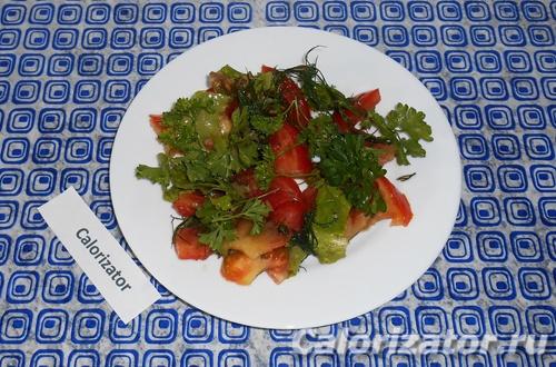Салат из помидоров и зелени