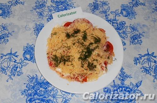 Салат из помидоров и фетаксы