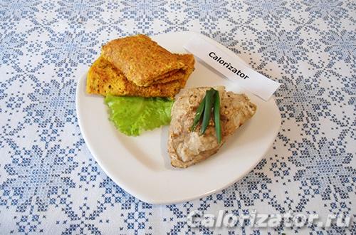 Куриное филе с овощными блинами