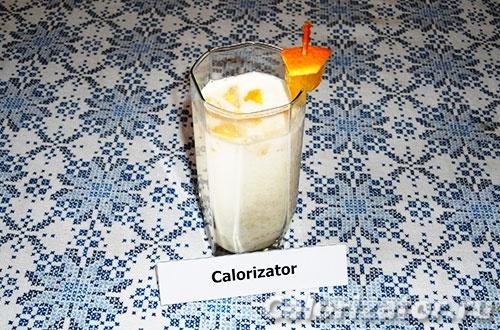 Творожный коктейль с фруктами