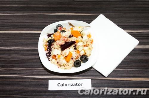 Салат из кус-куса и вареных овощей