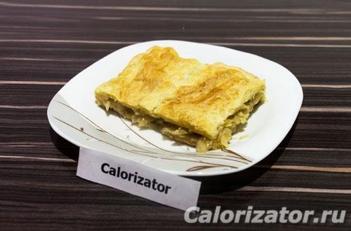 Капустный пирог на слоеном тесте