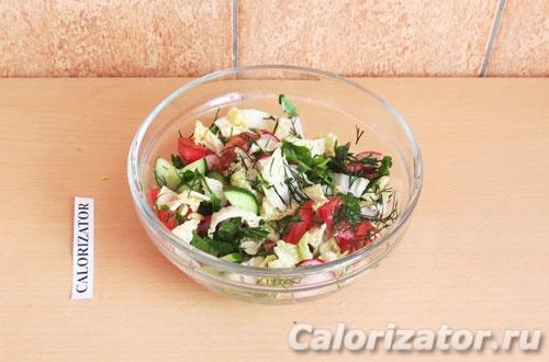 Овощной салат с арахисом