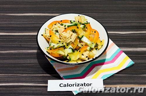 Острый салат из соевой спаржи с овощами