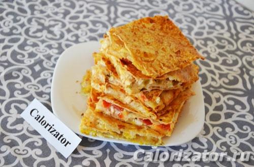 Пирог из лаваша с сыром и курицей