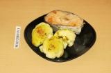 Готовое блюдо: семга с овощами