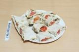 Готовое блюдо: рулет с рыбой под кешью-соусом