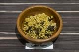 Готовое блюдо: зеленая гречка с белыми грибами