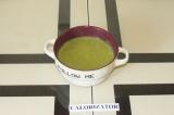 Шаг 8. Налить тарелку супа и поверх выложить тофу.
