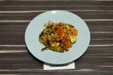 Готовое блюдо: полба с запеченными овощами