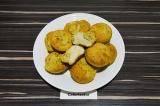 Готовое блюдо: соленые маффины с цветной капустой