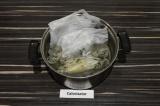 Шаг 5. Отварить рис согласно инструкции на упаковке.