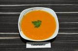 Готовое блюдо: овощной суп-пюре с томатами