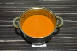 Шаг 8. Взбить суп блендером до однородной консистенции.