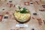 Готовое блюдо: салат ПП с капустой и яблоком