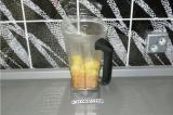 Шаг 7. Взбить в блендере чечевицу, картофель, специи, воду от картофеля