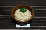Готовое блюдо: фасолевый хумус с пряностями
