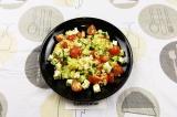 Готовое блюдо: салат птитим с овощами