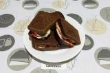 Готовое блюдо: горячий сэндвич пикантный