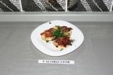 Готовое блюдо: рубленные котлетки из индейки с сыром