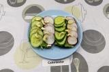 Готовое блюдо: бутерброды с фетаксой и редисом