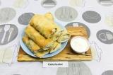 Готовое блюдо: ленивые пирожки из лаваша с курицей и грибами
