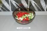 Шаг 8. Смешать все овощи.